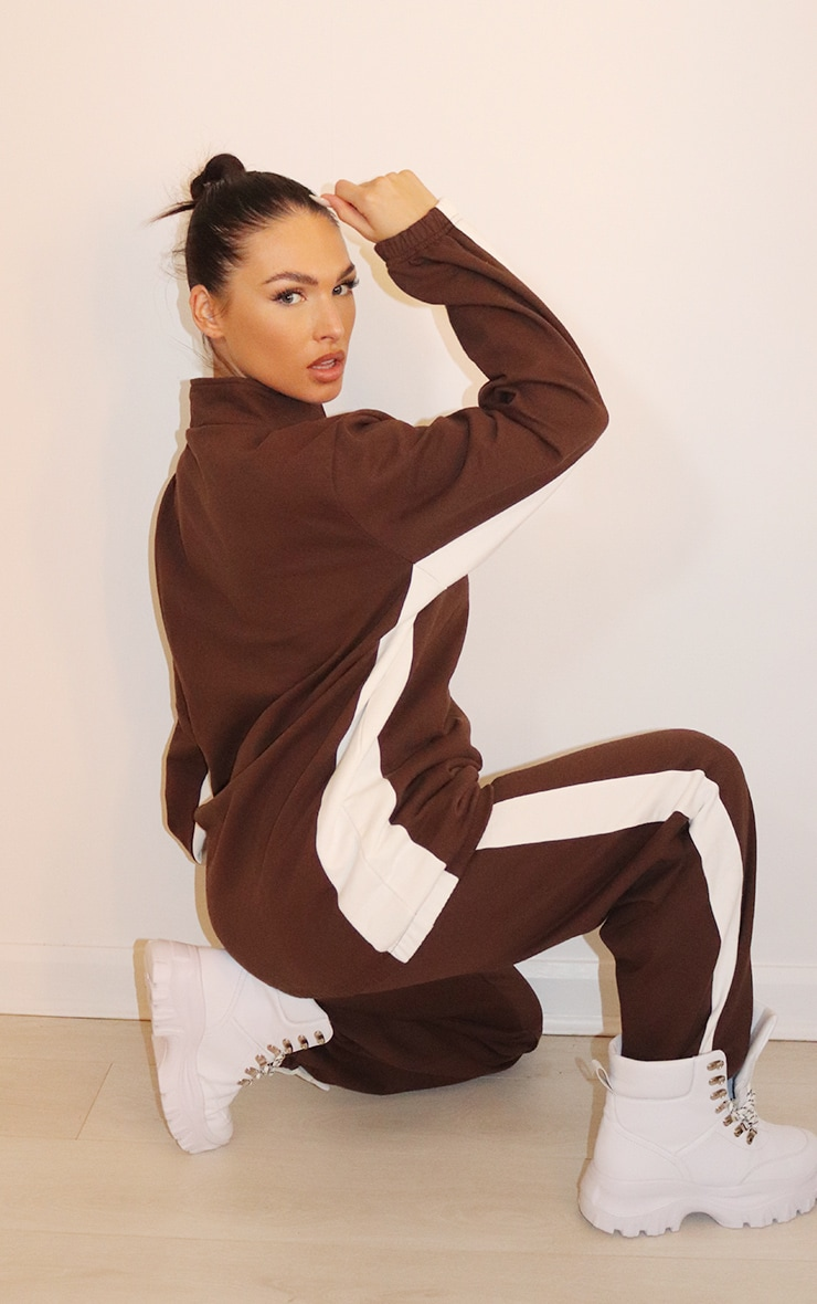 PRETTYLITTLETHING Chocolate Brown Contrast Stripe Funnel Neck Zip Up Sweater 2