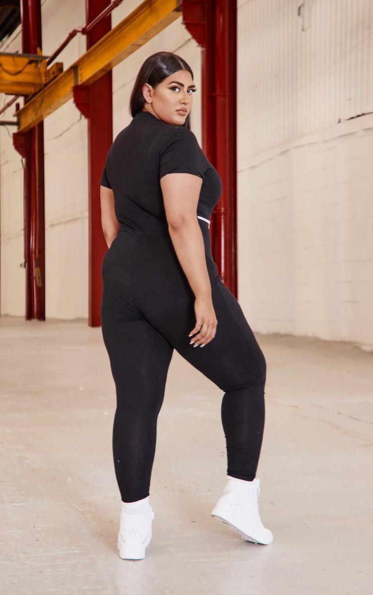 PRETTYLITTLETHING Plus Black Zip Up Binding Detail Jumpsuit 2