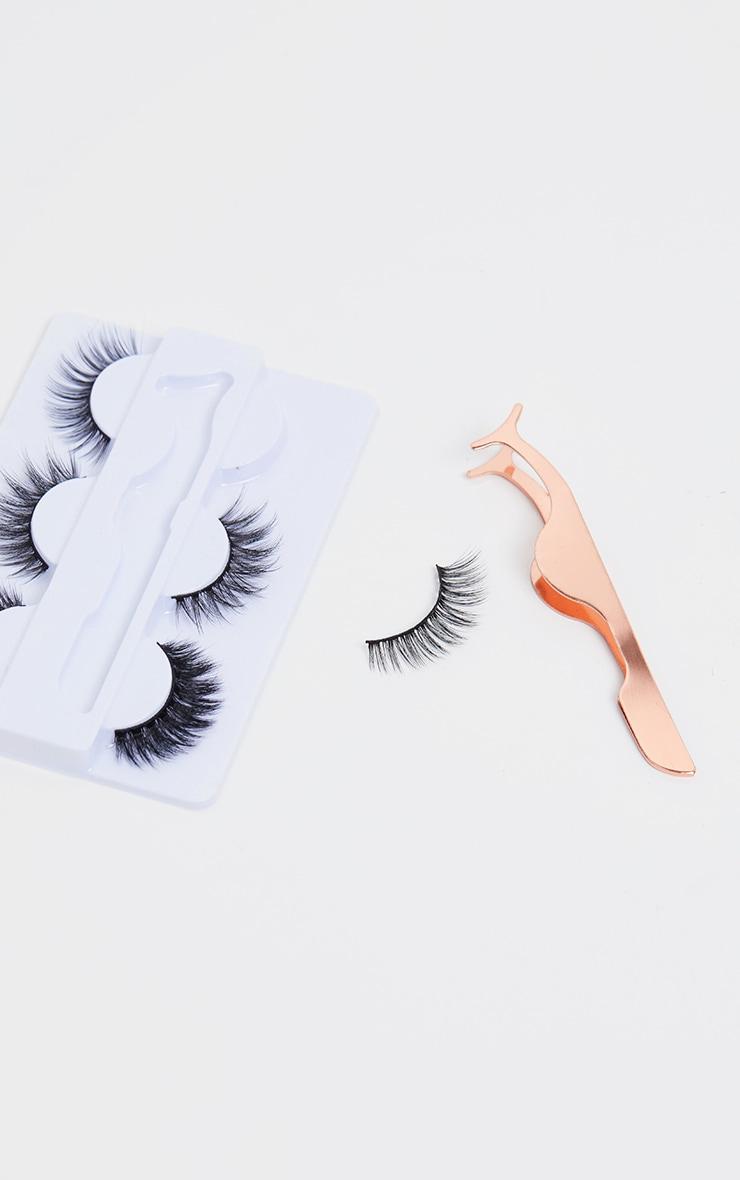 Oh My Lash Gift Set 3 Lashes and Eyelash Applicator 2