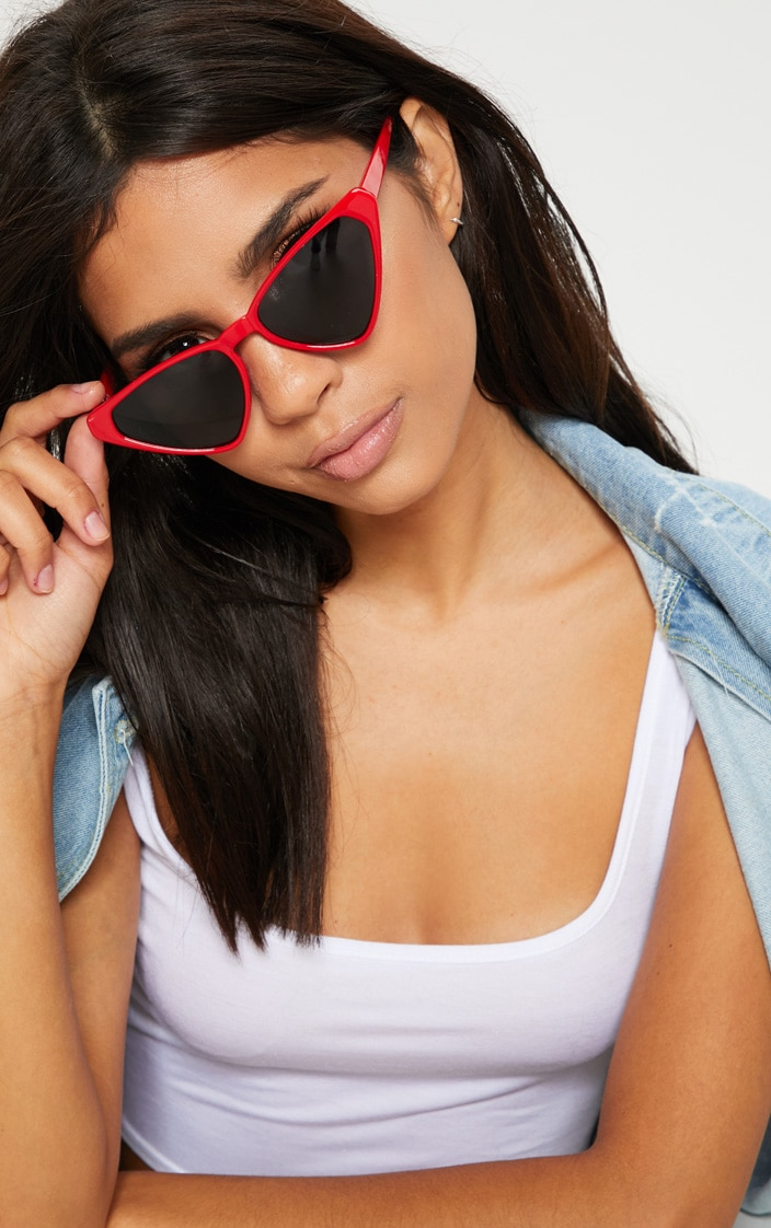 Red Wide Triangle Sunglasses