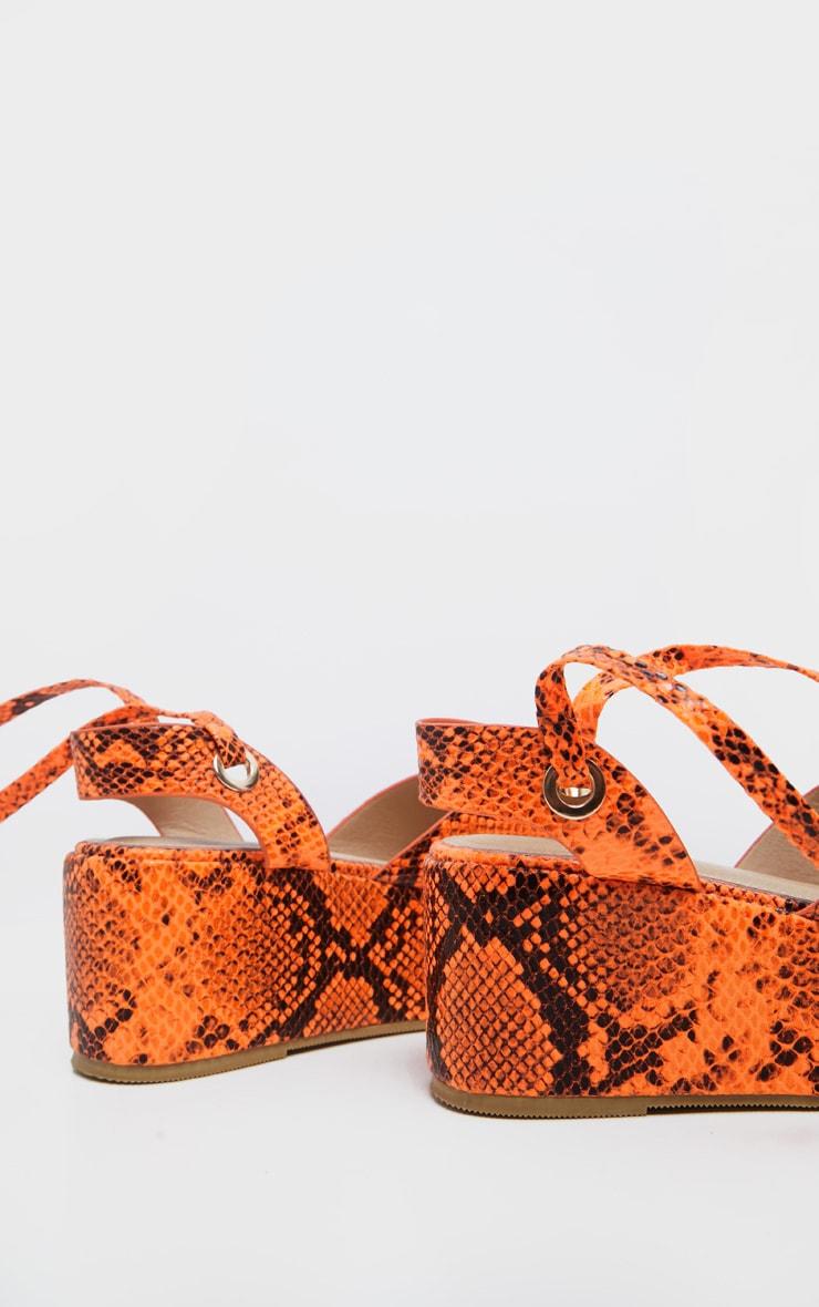 Sandales lacées imprimé serpent orange fluo à plateformes 4