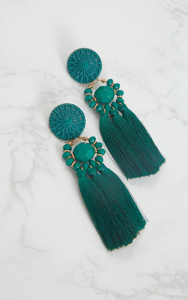 Boucles d oreilles vert émeraude à pompons et perles 4