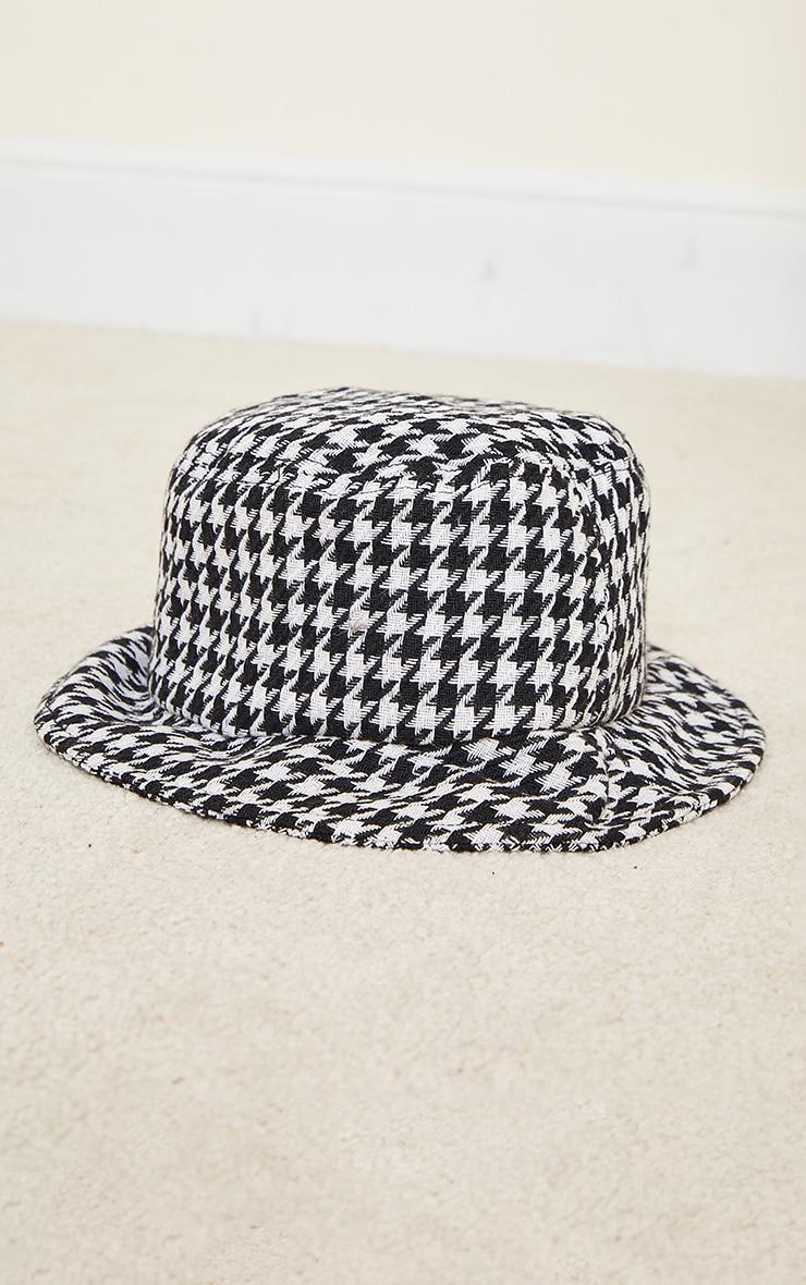 White Houndstooth Bucket Hat 2