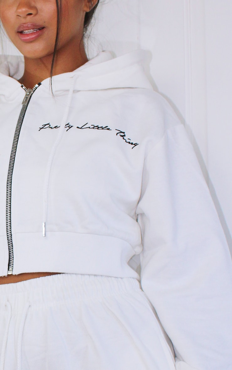 PRETTYLITTLETHING Petite White Cropped Embroidered Zip Hoodie 4