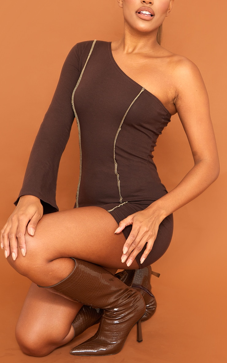 Chocolate Asymmetric Binding One Shoulder Bodycon Dress 4