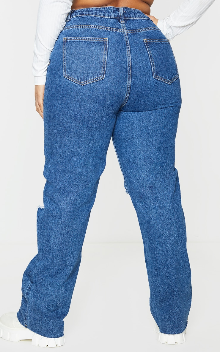 PRETTYLITTLETHING Plus Mid Blue Wash Distressed Long Leg Straight Jeans 3