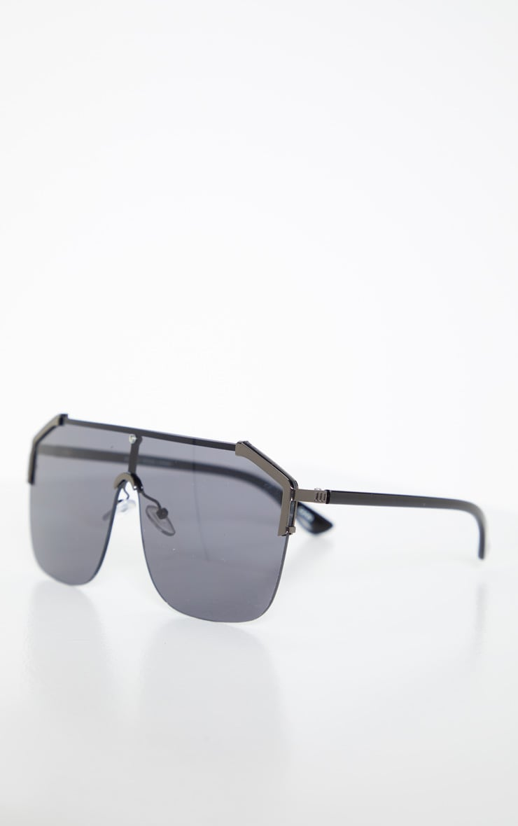 Black Oversized Tinted Sunglasses 3