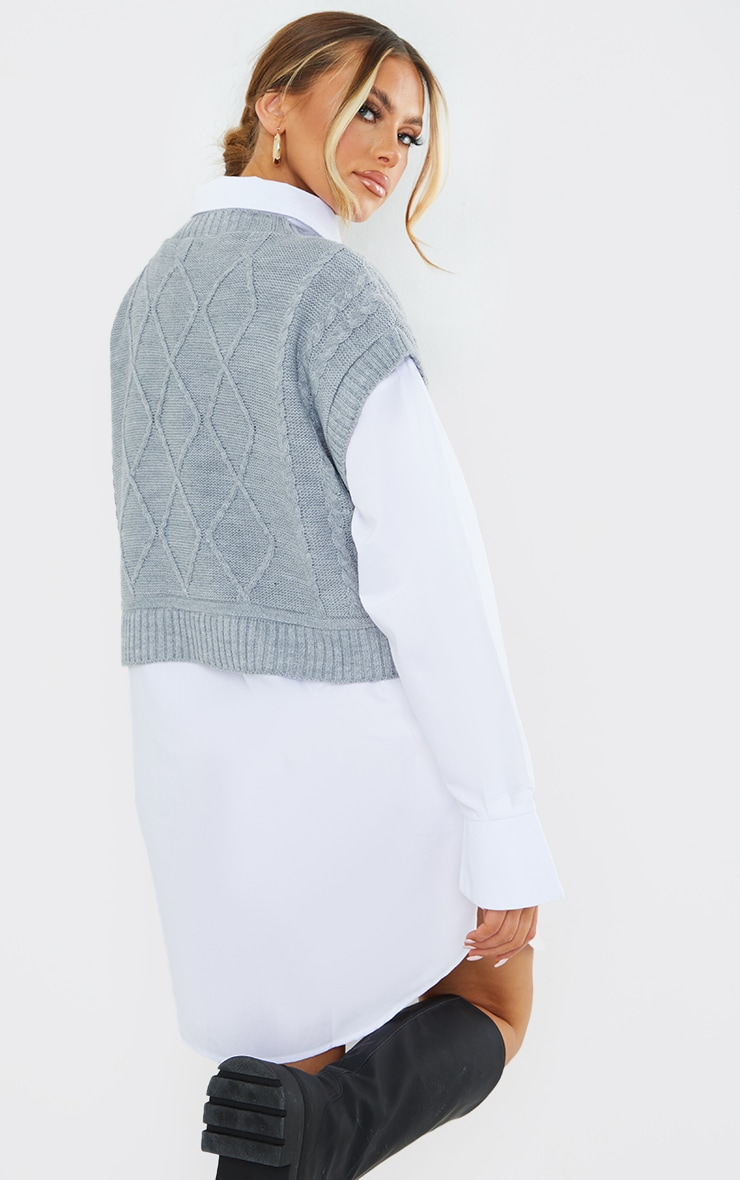 Grey Cable Crop Knitted Vest 2