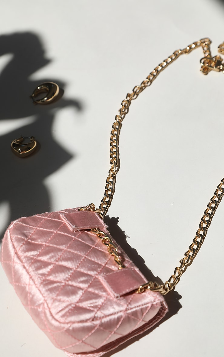 Pink Quilted Bag Gold Chain Belt 3