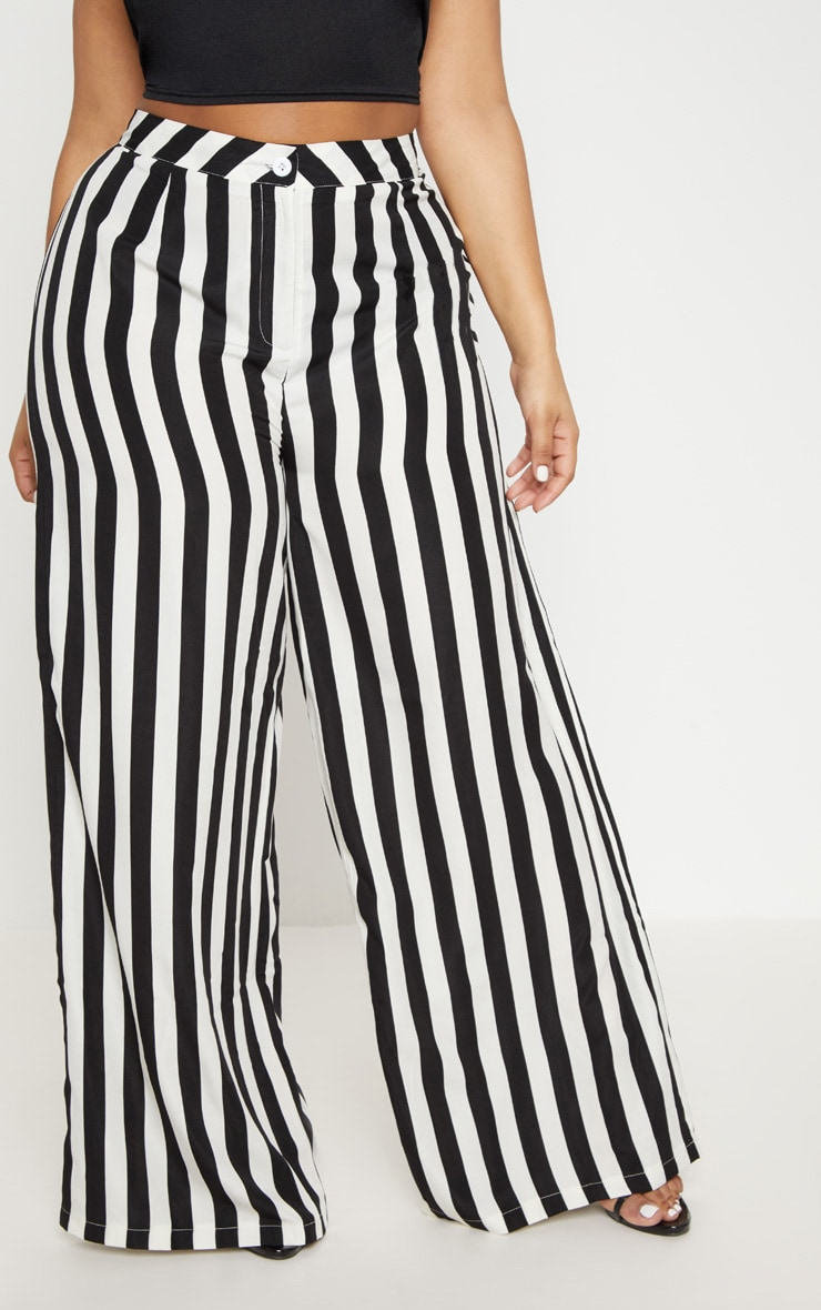 Plus Black Striped Wide Leg Trousers    2