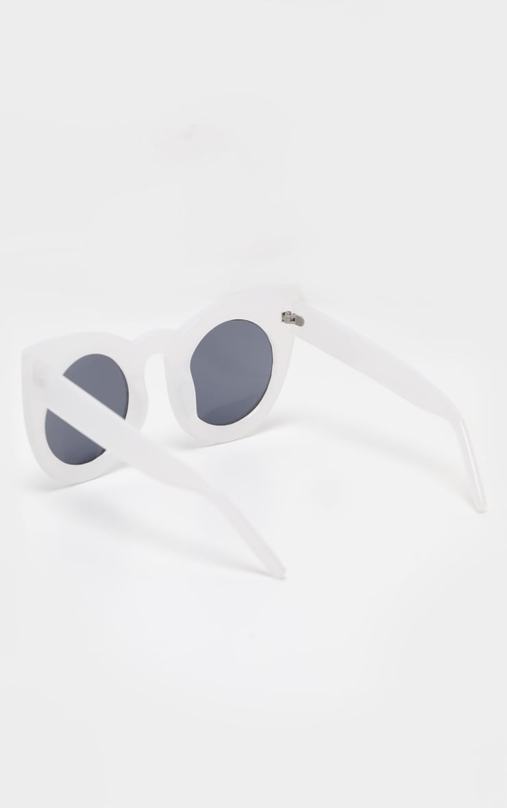 White Oversized Resin Cat Eye Sunglasses 2