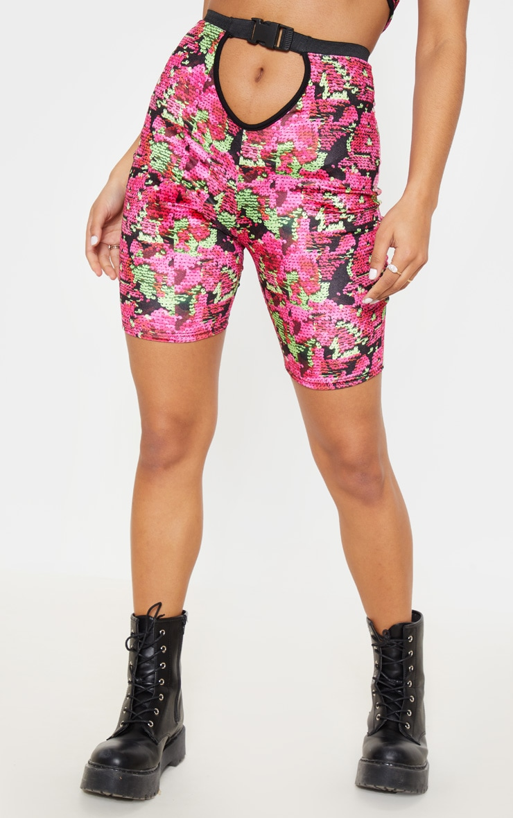 Printed Velvet Buckle Strap Cycle Shorts 2