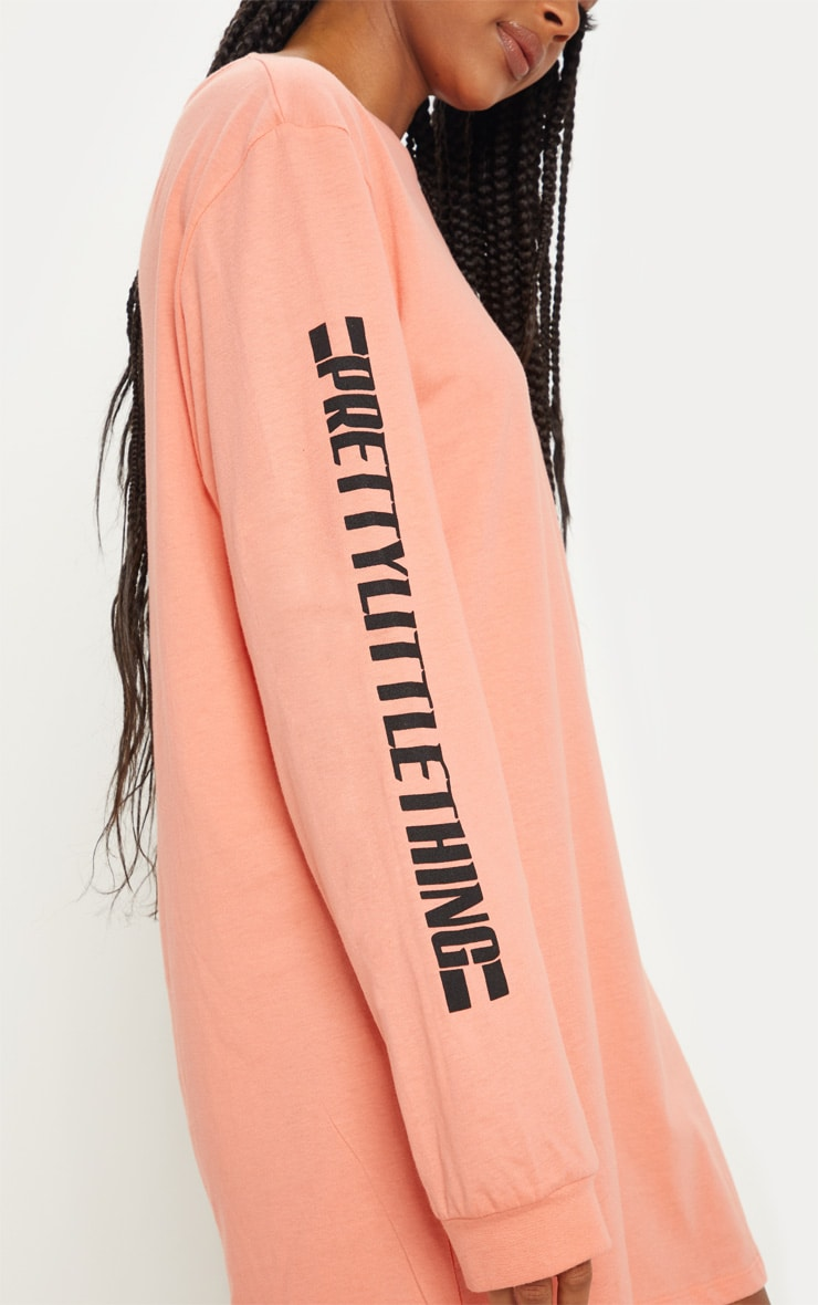 PRETTYLITTLETHING Pale Coral Oversized Long Sleeve T Shirt Dress 5