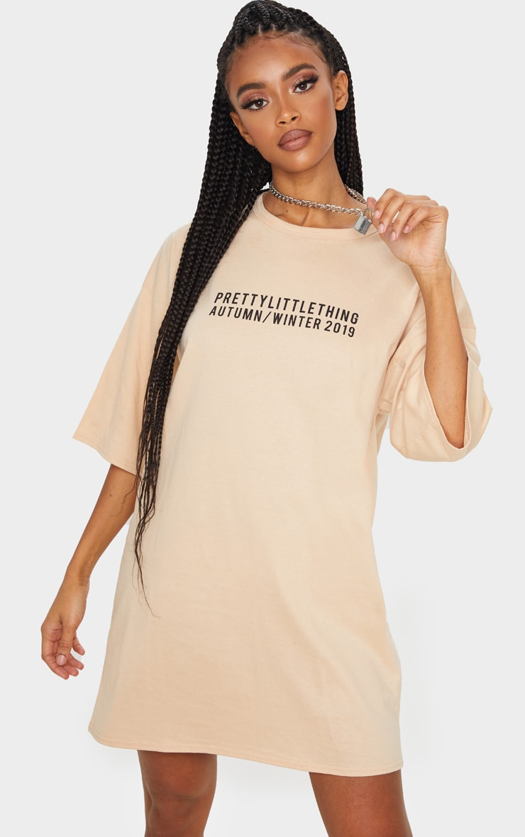 PRETTYLITTLETHING Fawn Aw19 Oversized T-Shirt Dress 1