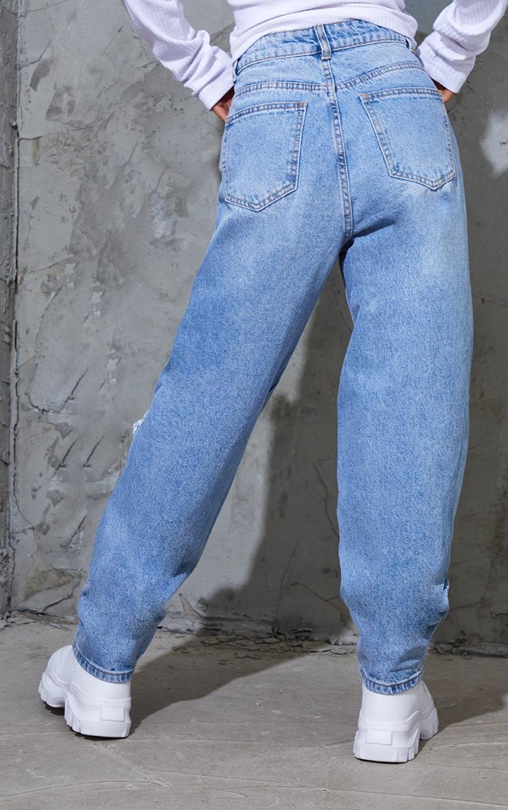 PRETTYLITTLETHING Petite Light Blue Wash Open Knee Boyfriend Jeans 3