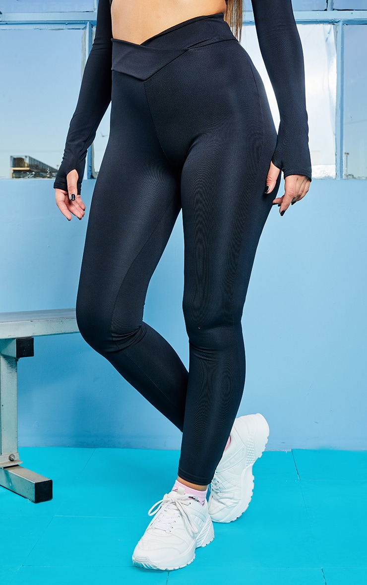 Black V Front Gym Leggings 2