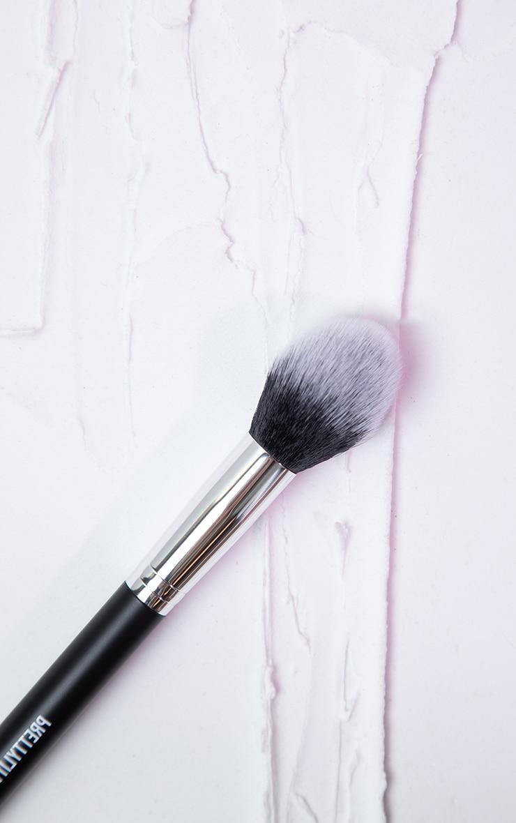 PRETTYLITTLETHING Highlighter Brush PLT03 3