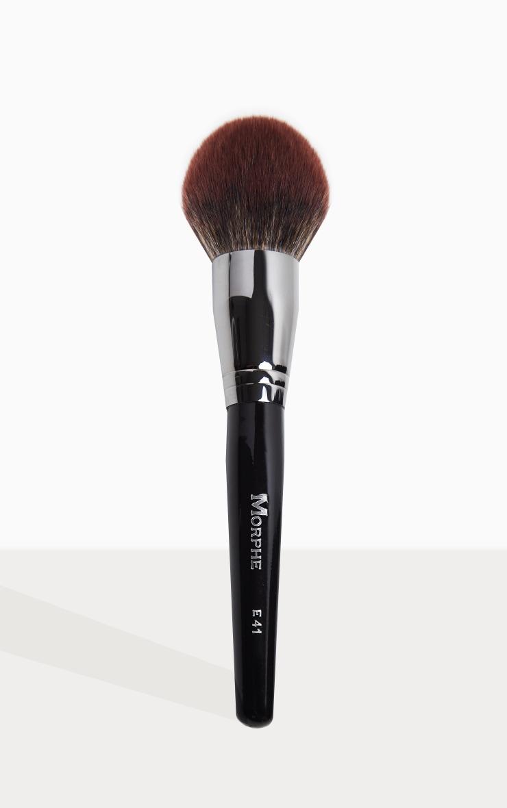 Morphe E41 Round Deluxe Powder Brush 1
