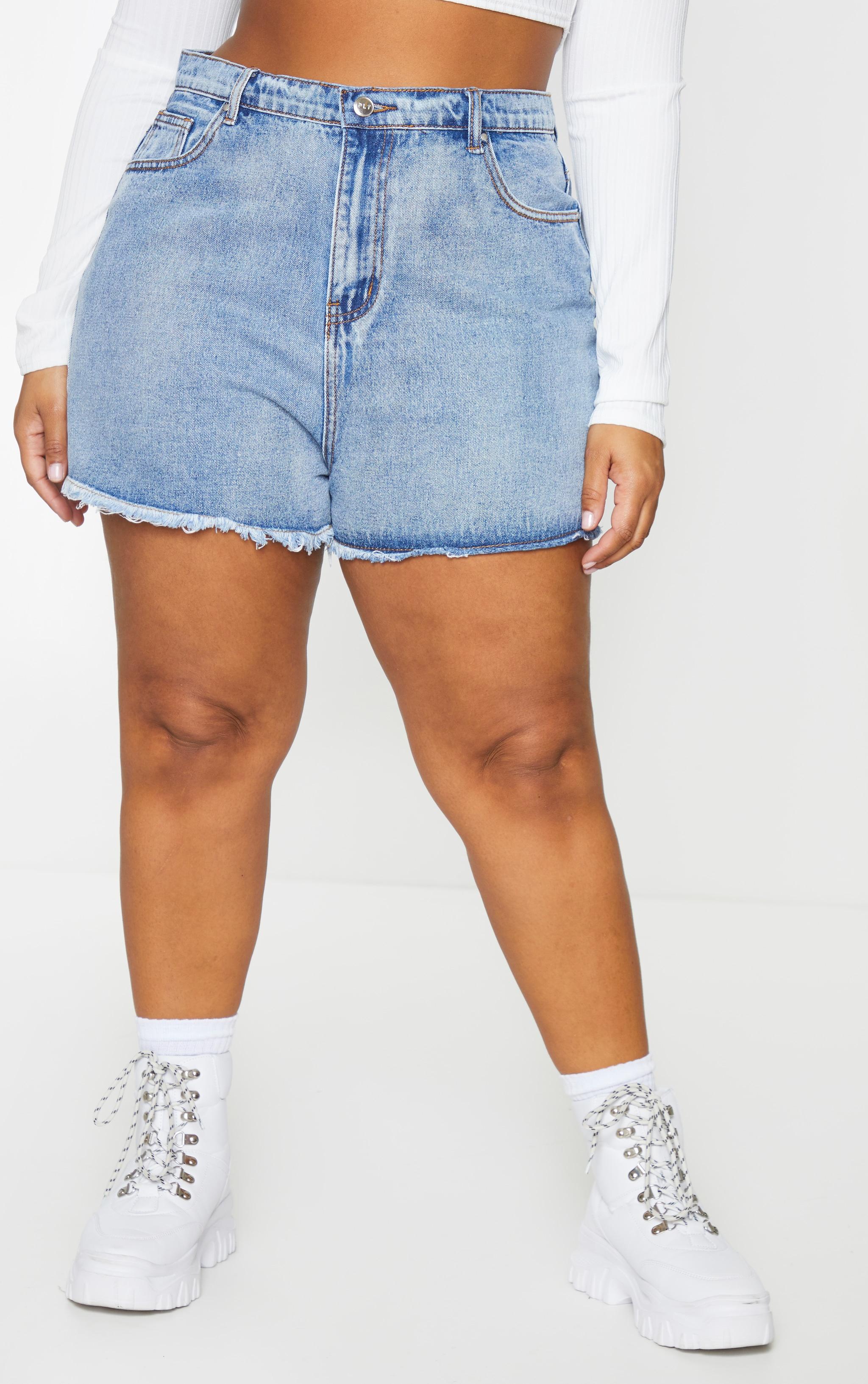 Plus Vintage High Waisted Denim Shorts 2