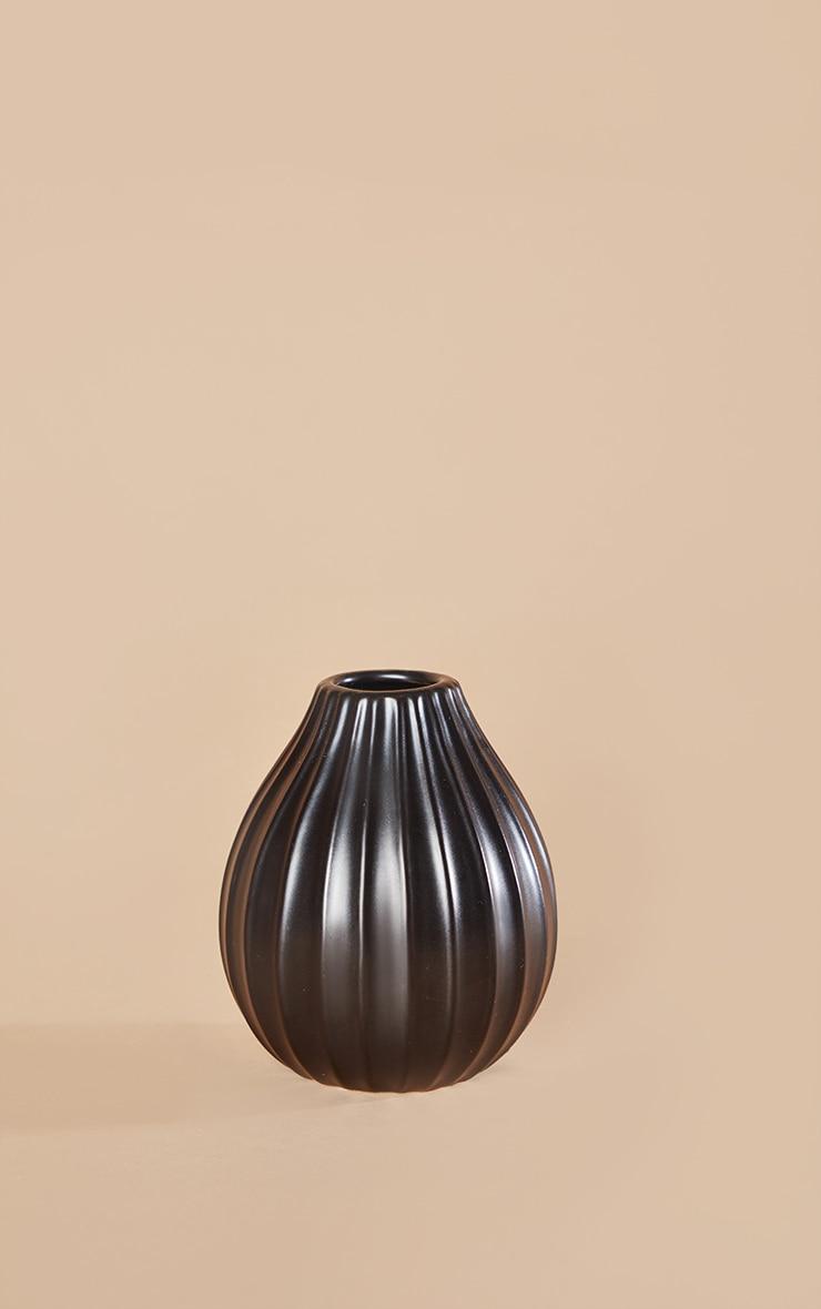 Vase moyen noir strié 3