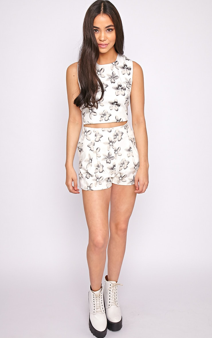 Lacey Cream Floral Short  1