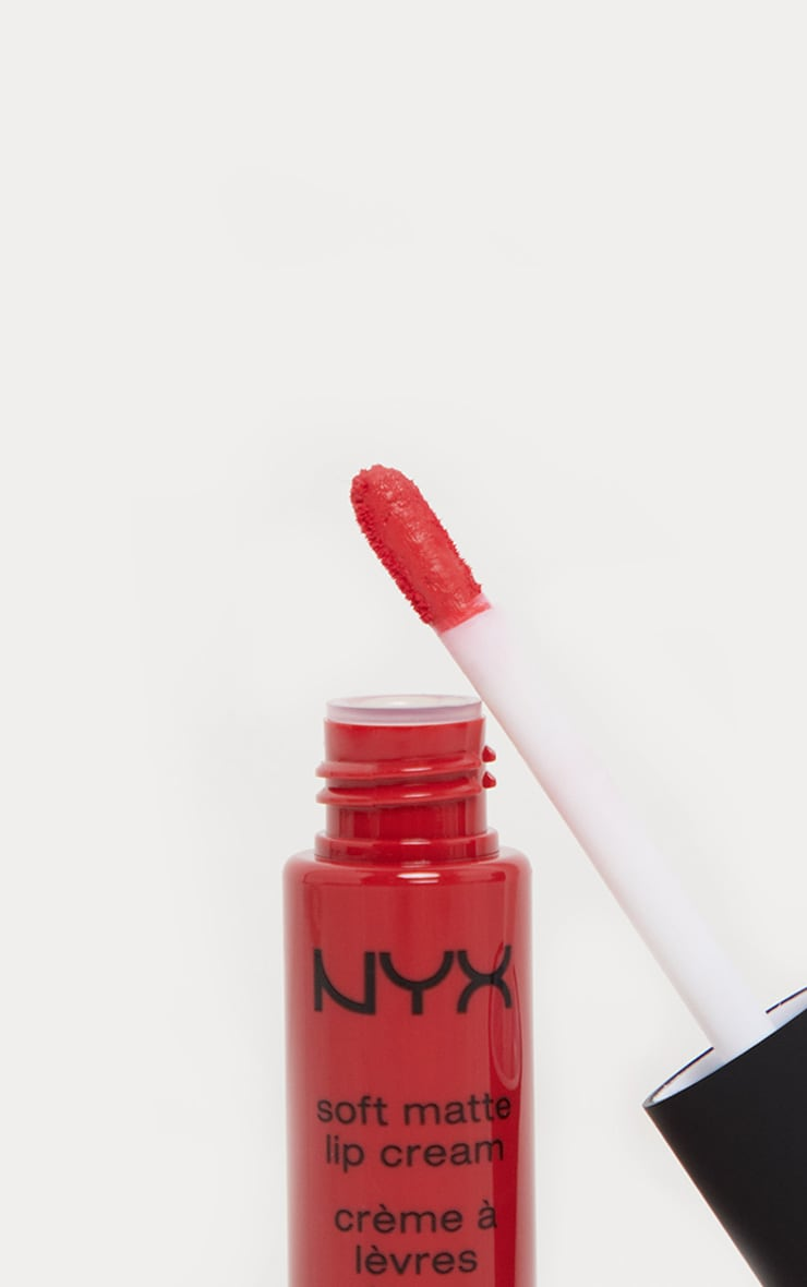 NYX PMU Soft Matte Lip Cream Amsterdam 3