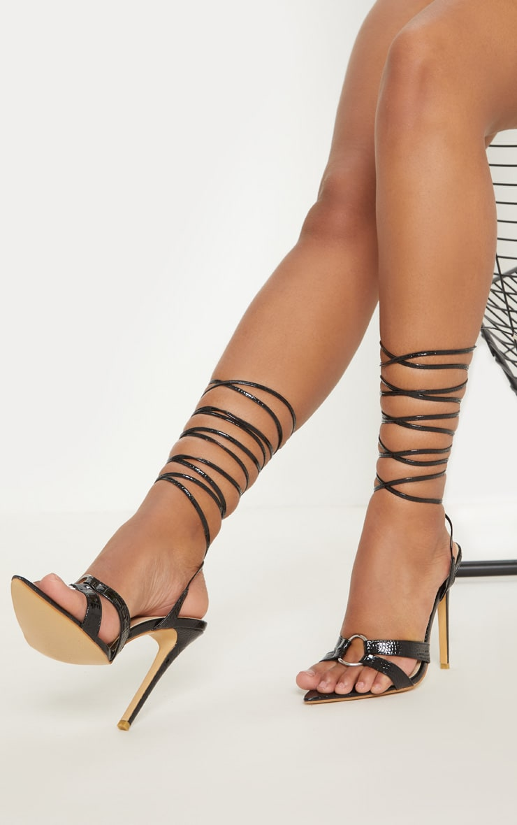Black Point Ring Detail Lace Up Sandal