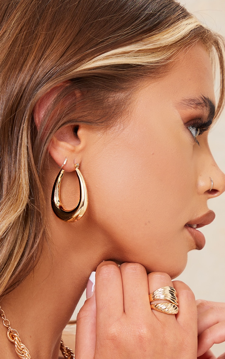 Gold Rounded Oval Hoop Earrings 1