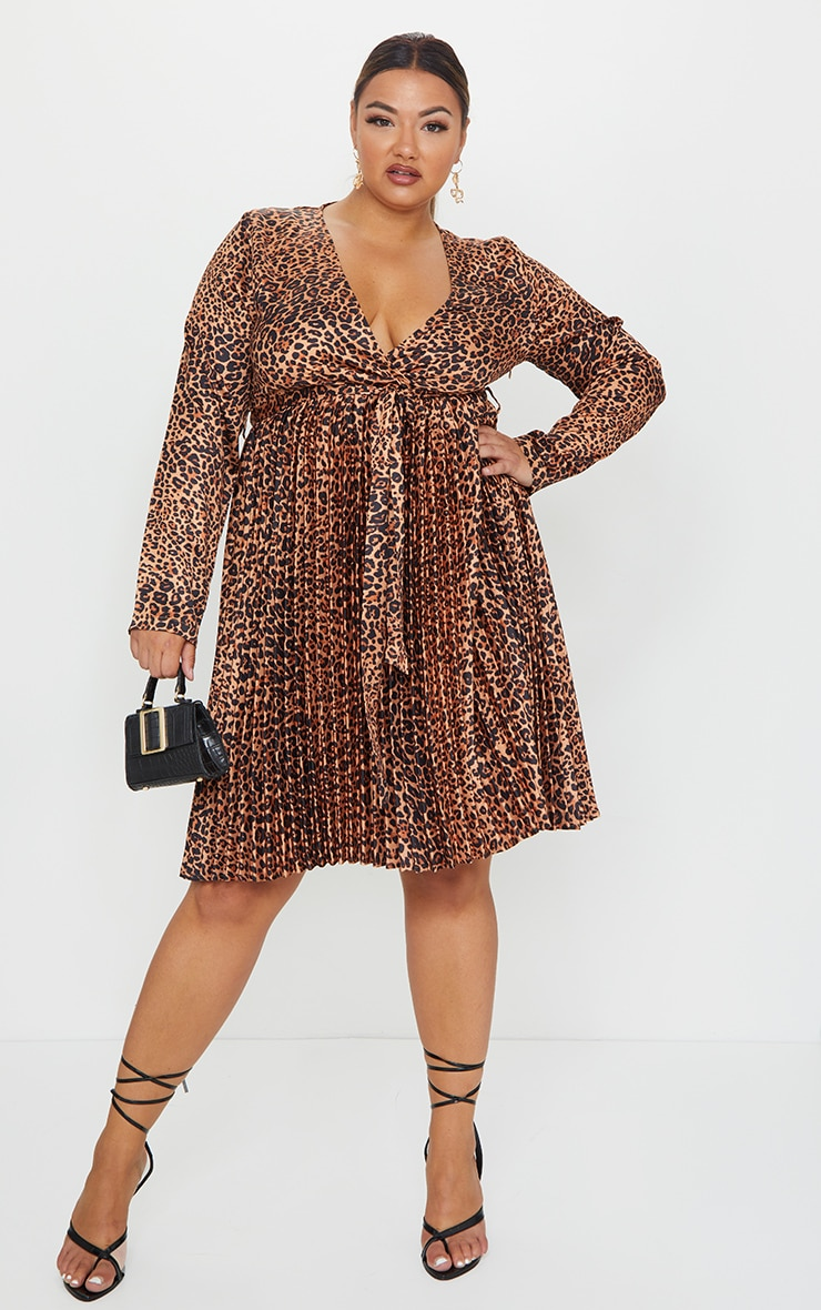 Plus Brown Leopard Print Long Sleeve Pleated Midi Dress 1