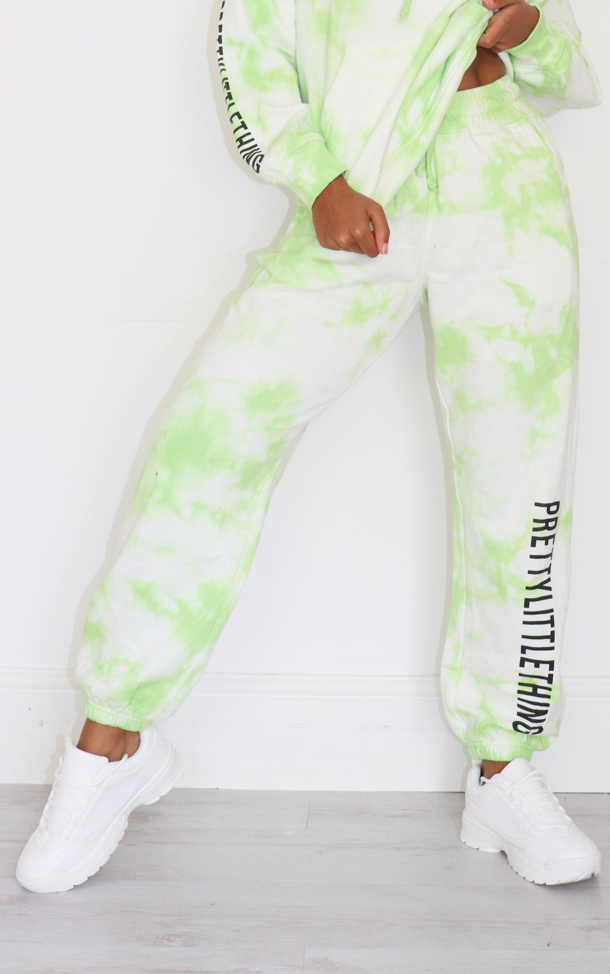 PRETTYLITTLETHING Petite Lime Tie Dye Slogan Joggers 2