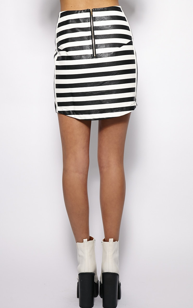 Chelsea Monochrome Leather Curved Hem Skirt  2