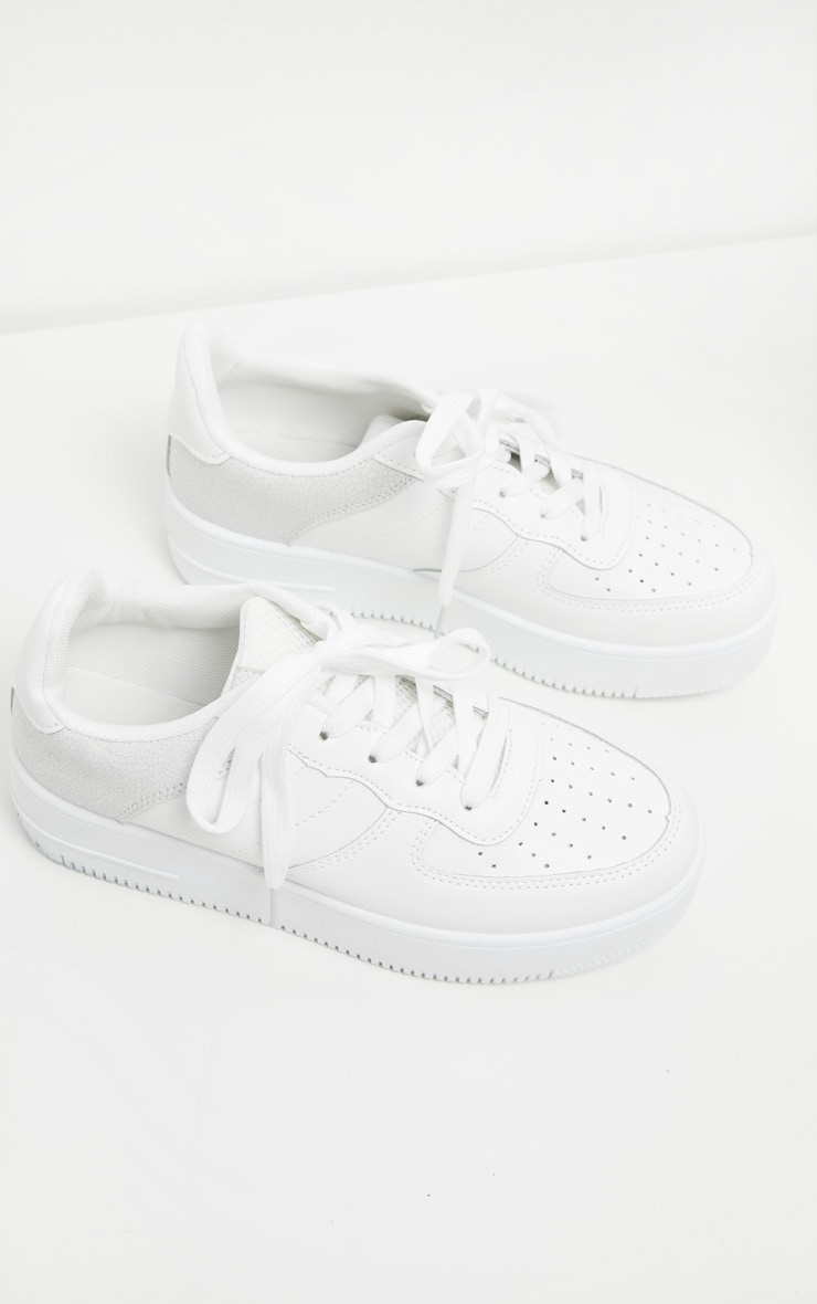 White Air Hole 90s Sneakers 3