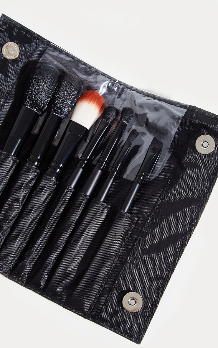 Sleek MakeUP Black 7-Piece Brush Set 2