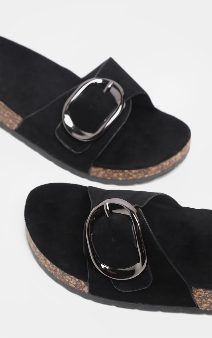 Claquettes noires à détail boucle  4