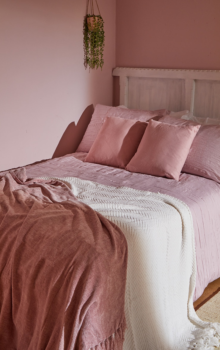 Pink Pleated King Duvet Set 1