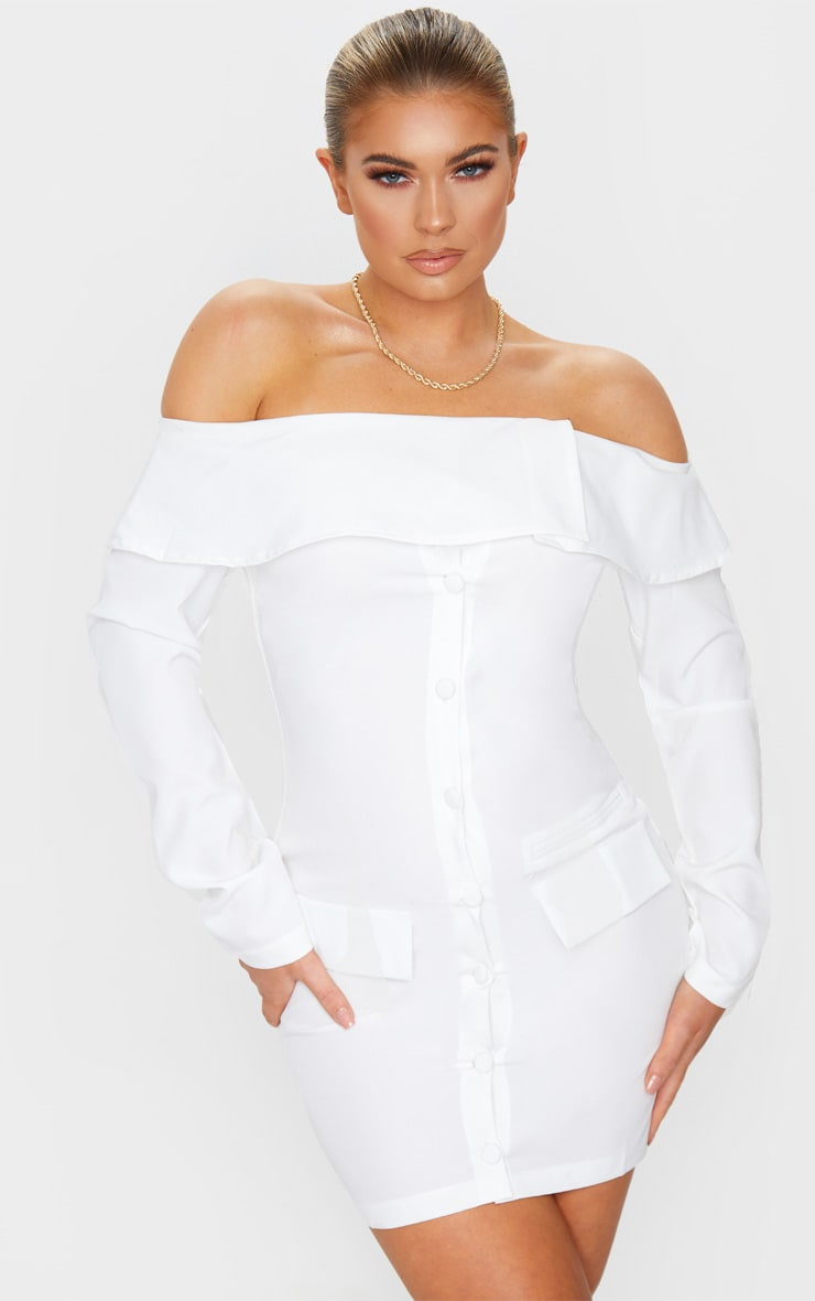 Robe moulante blanche style blazer à col bateau 1
