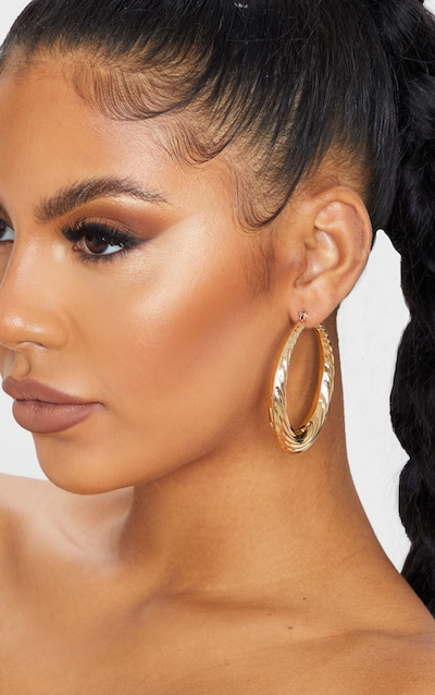 Gold Chunky Circle Hoop Earrings
