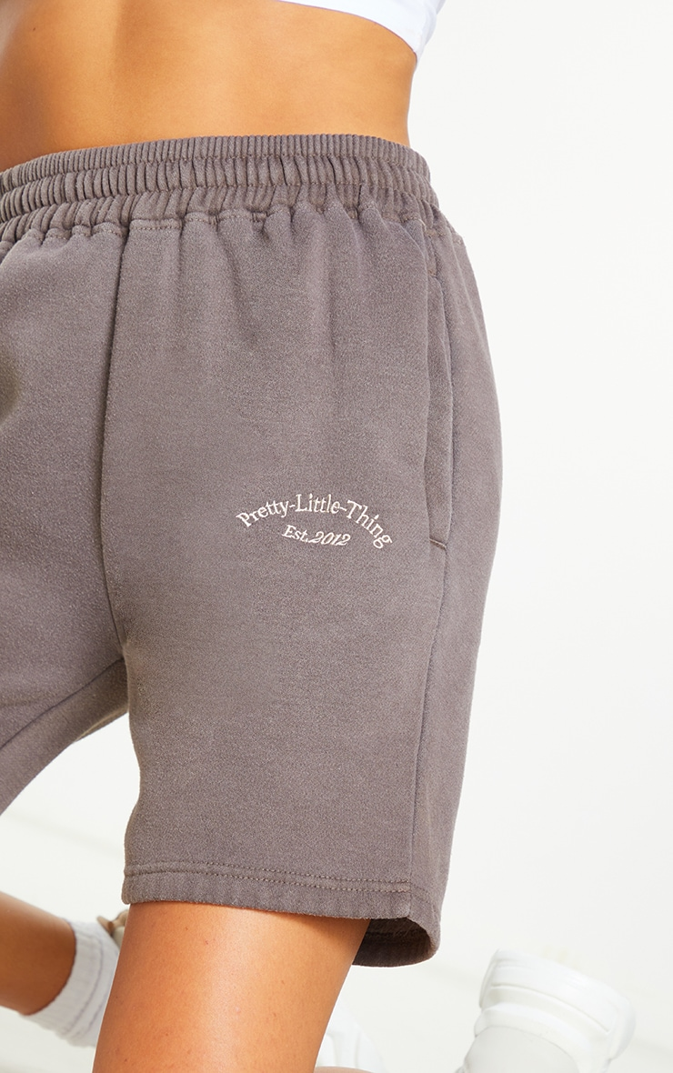 PRETTYLITTLETHING Brown Washed Sweat Shorts 5