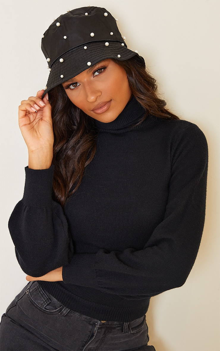 Black With White Pearls Bucket Hat 1