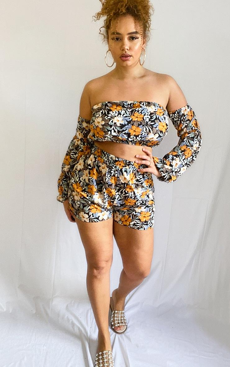 Plus Black Floral Linen Look Elasticated Beach Shorts 4