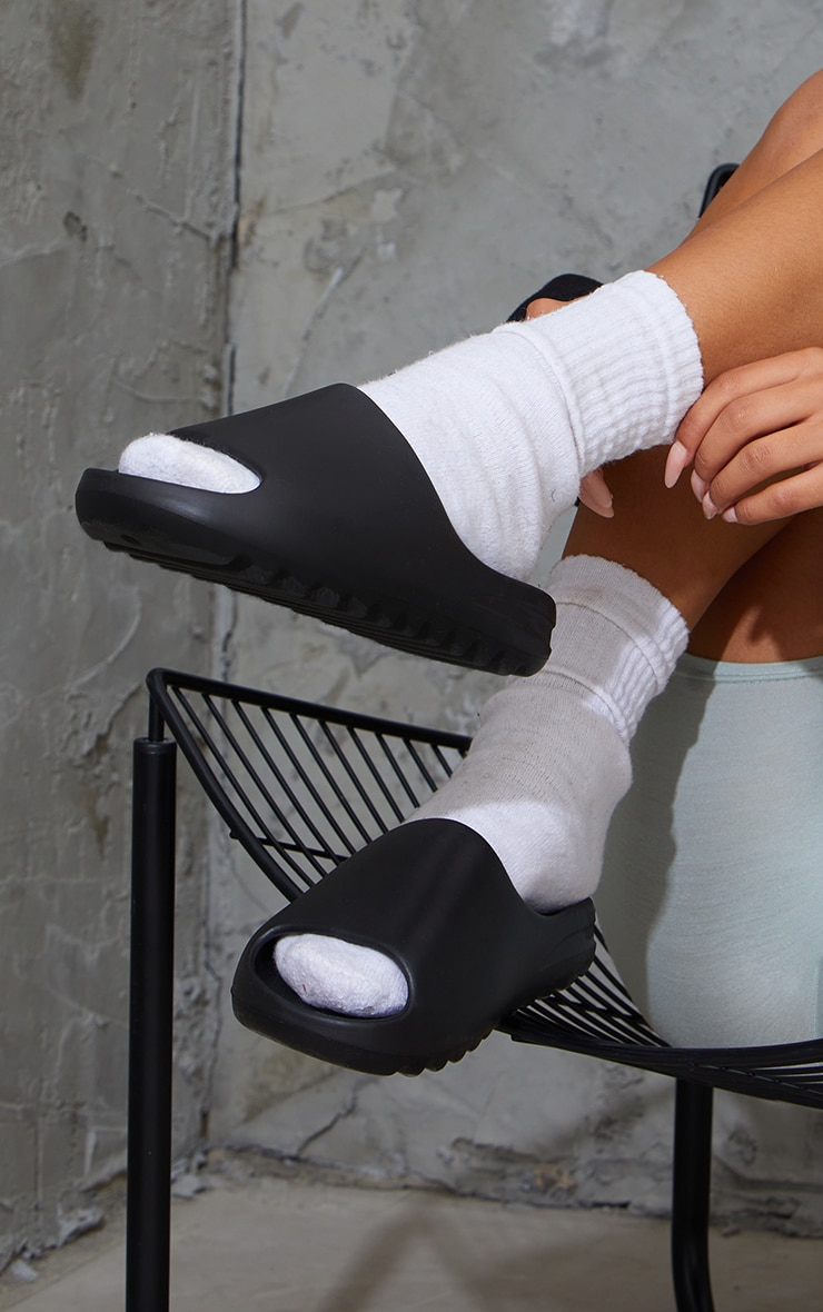 Black Rubber Ribbed Sole Sliders 2