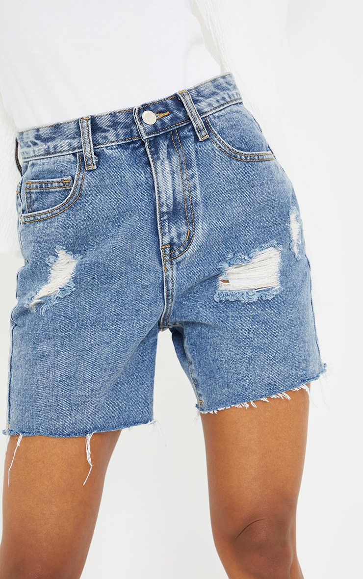 PRETTYLITTLETHING Petite Blue Vintage Wash Ripped Longline Fitted Denim Shorts 5