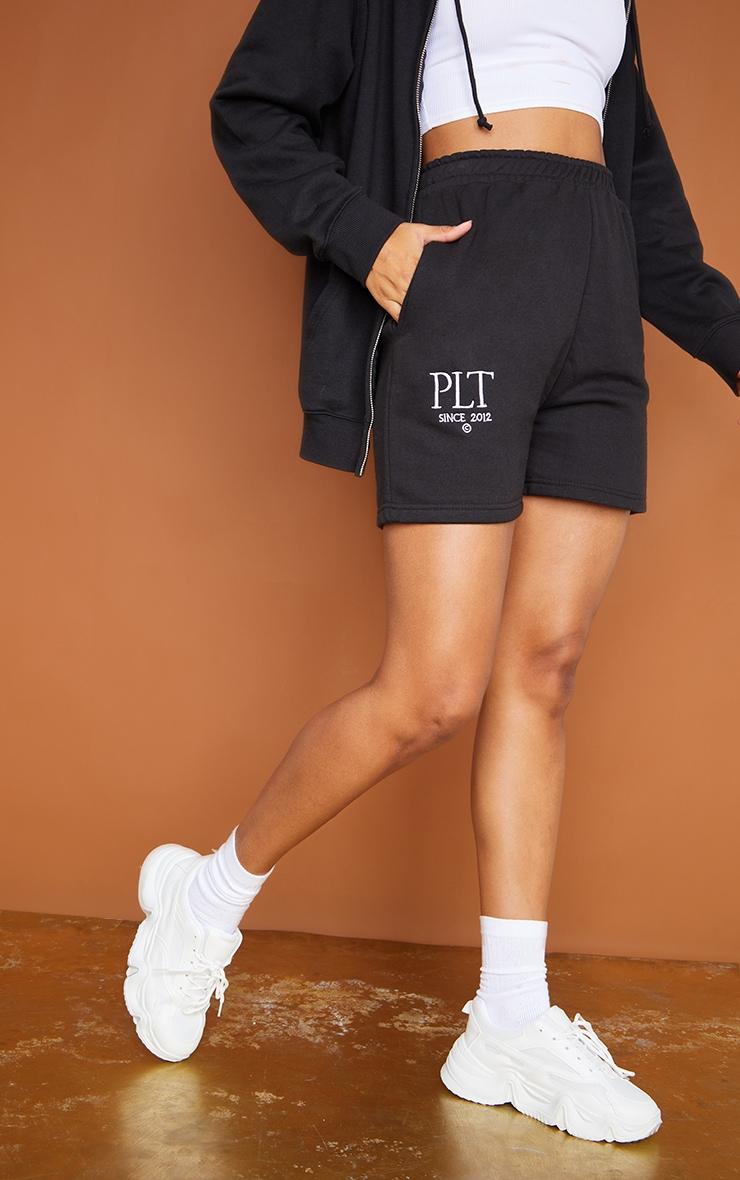 PRETTYLITTLETHING Black Established Graphic Sweat Shorts 2