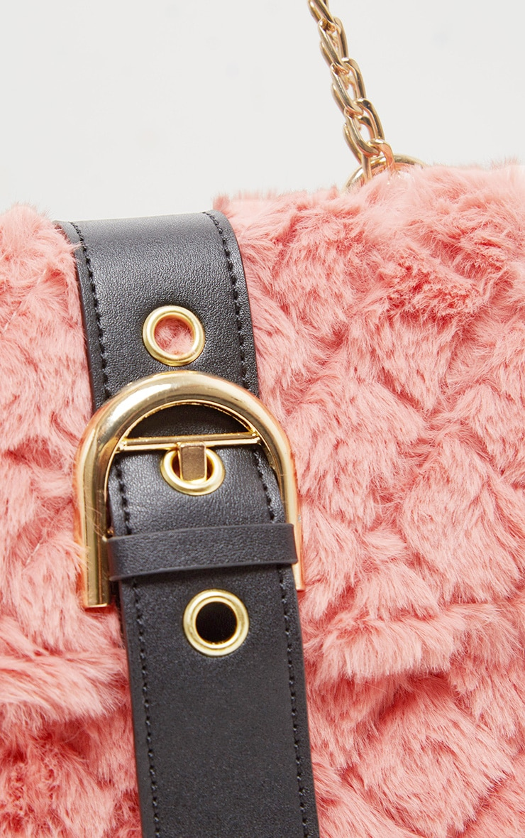 Dusty Rose Faux Fur Quilted Buckle Cross Body Bag 3