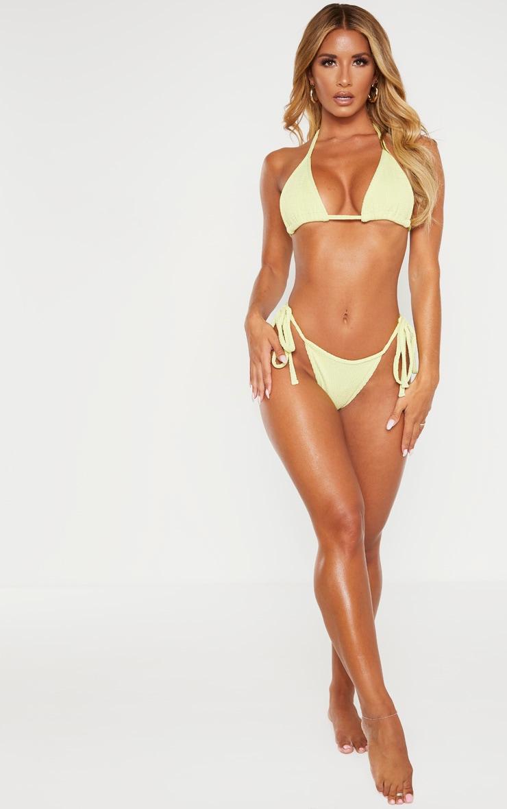 Bas de bikini vert sauge froncé à nouer sur les côtés 4