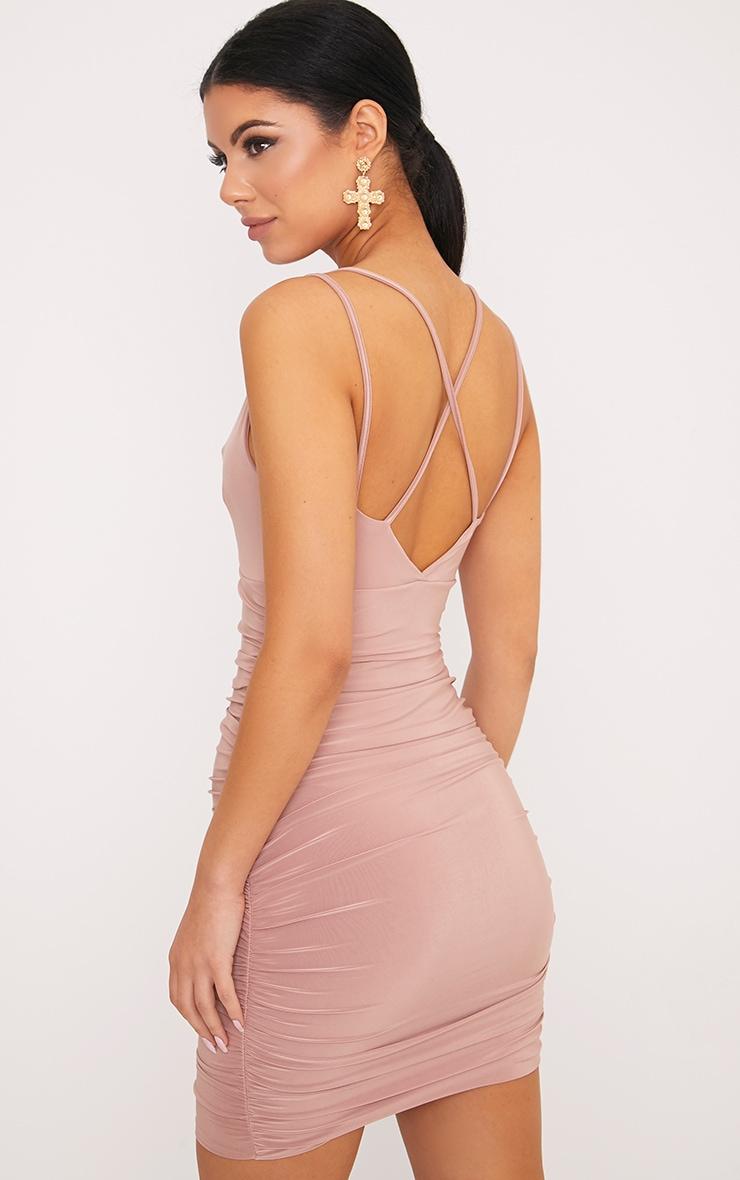 Agness robe moulante froncée croisée dans le dos rose 2