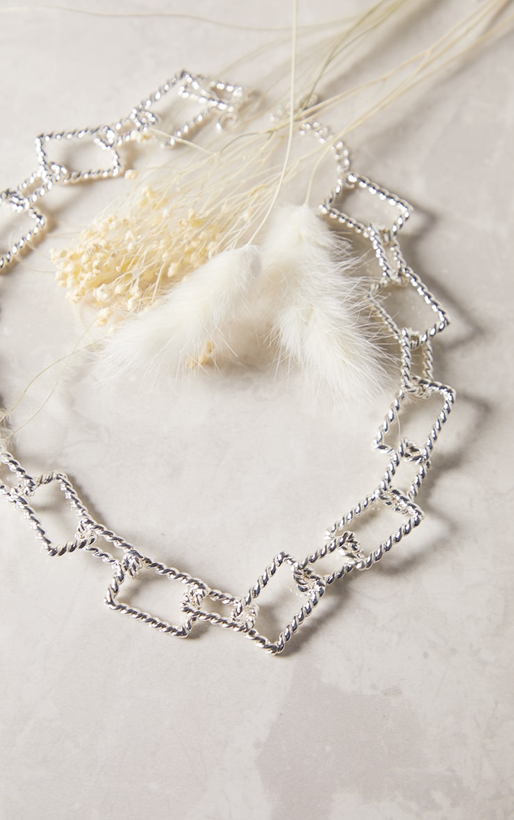 Silver Textured Square Chain Chunky Necklace 1