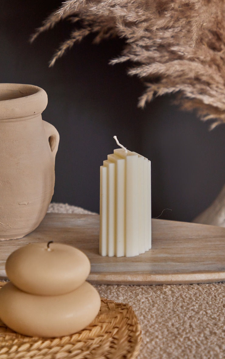White Art Deco Scented Soy Wax Candle 11cm 1