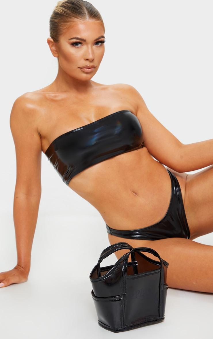 black plastic bucket bag