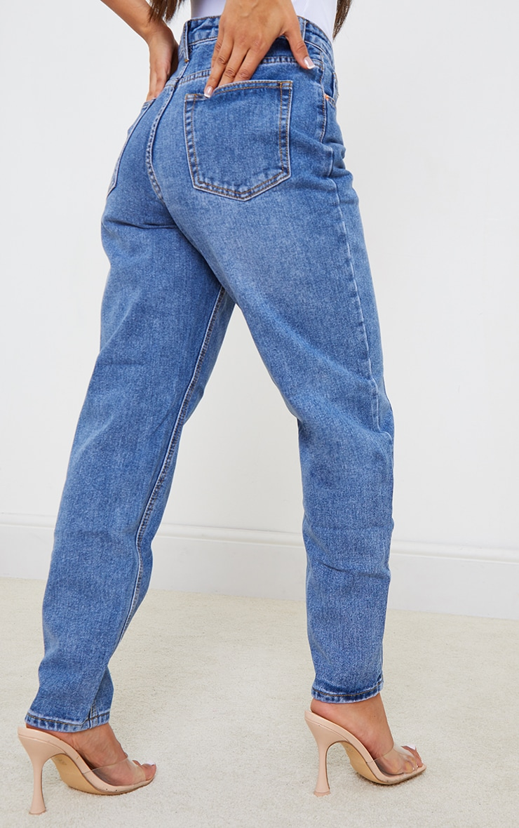 PRETTYLITTLETHING Petite Mid Wash Mom Jeans 3